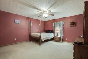 3002 Williams Ferry Rd, Lenoir City, TN 37771