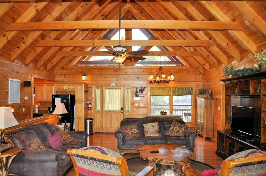 2986 Mountain Memories Way, Sevierville, TN 37876