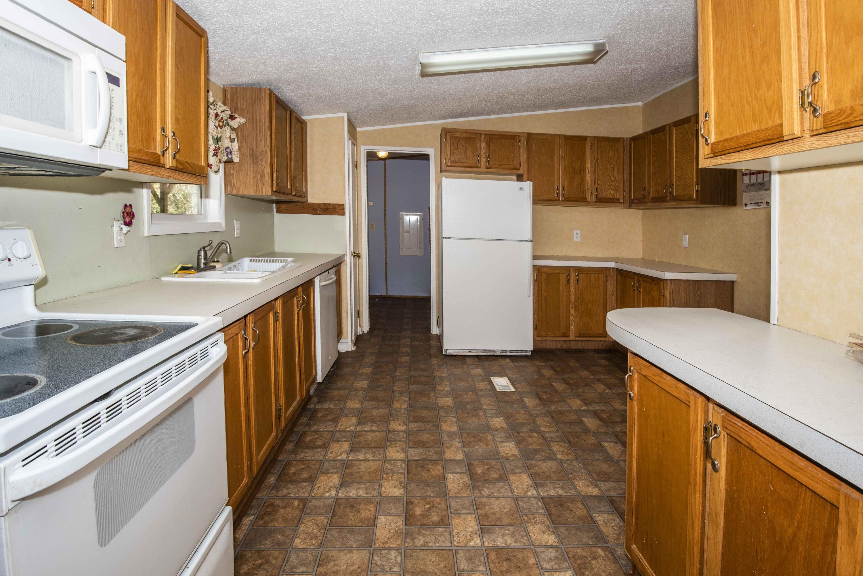 325 Andys Ridge Rd, Rocky Top, TN 37769