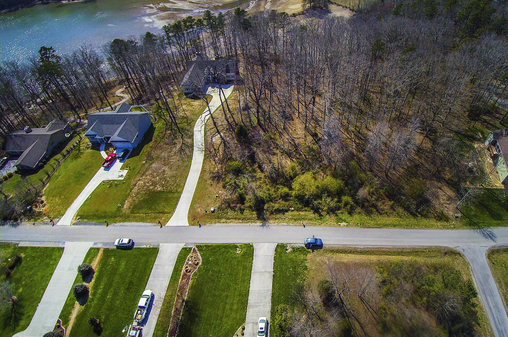 216 Oonoga Way, Loudon, TN 37774