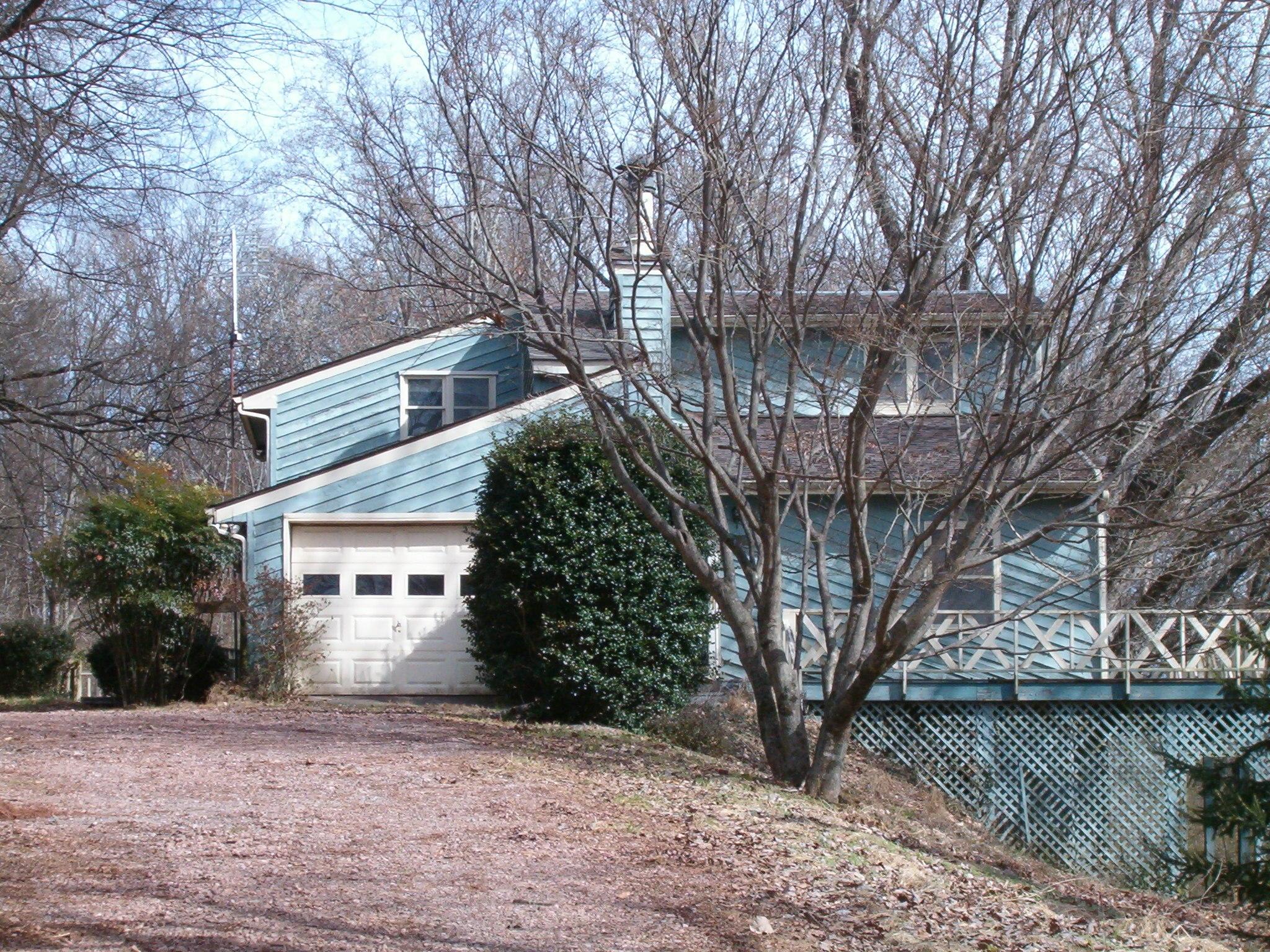 369 Craighead Rd, Madisonville, TN 37354