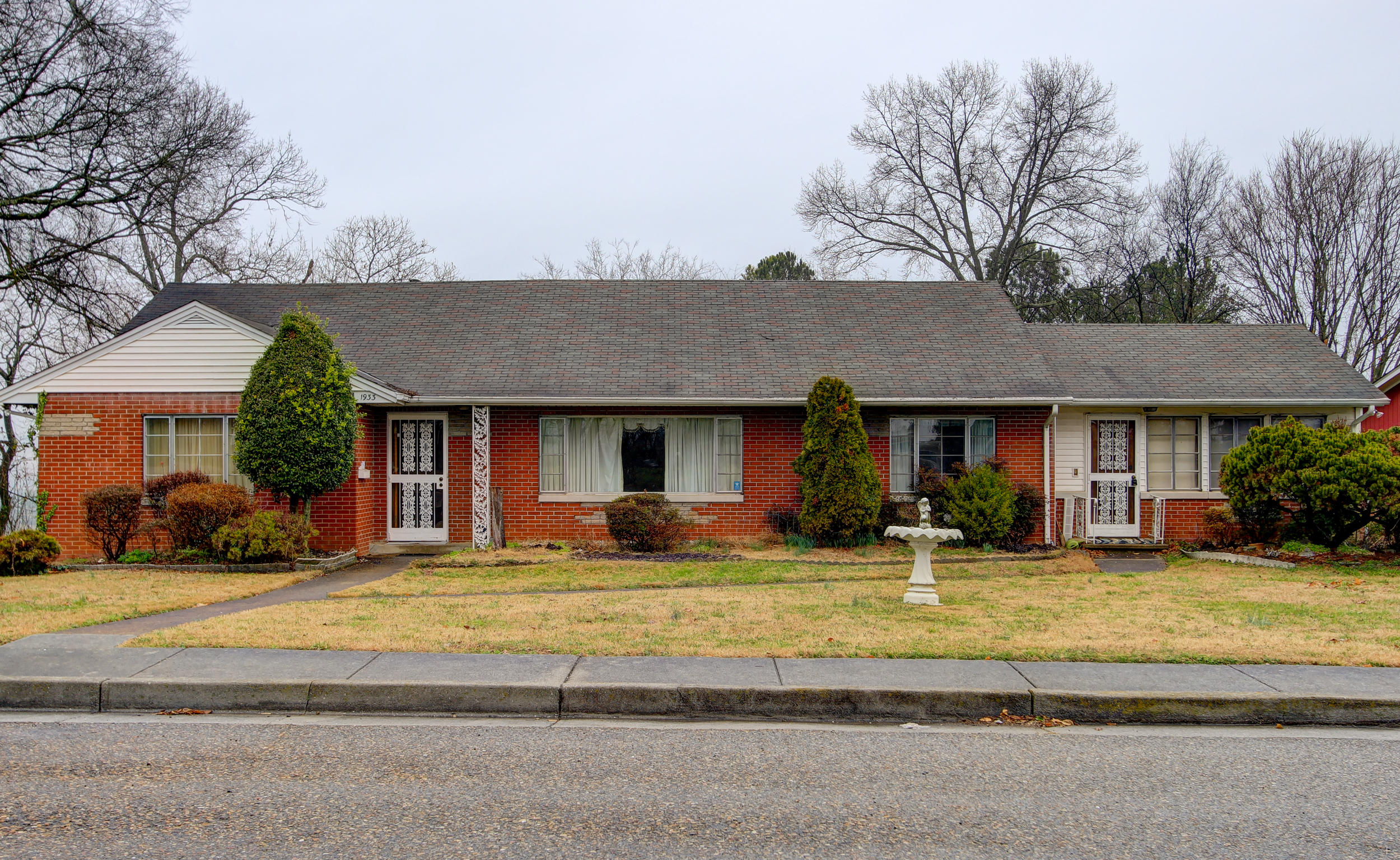 1933 Saxton Avenue Ave, Knoxville, TN 37915
