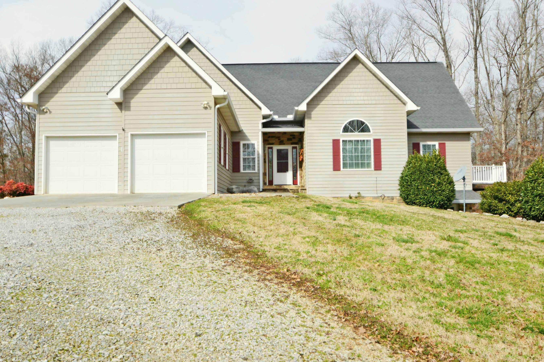 2089 Sims Rd, Dandridge, TN 37725