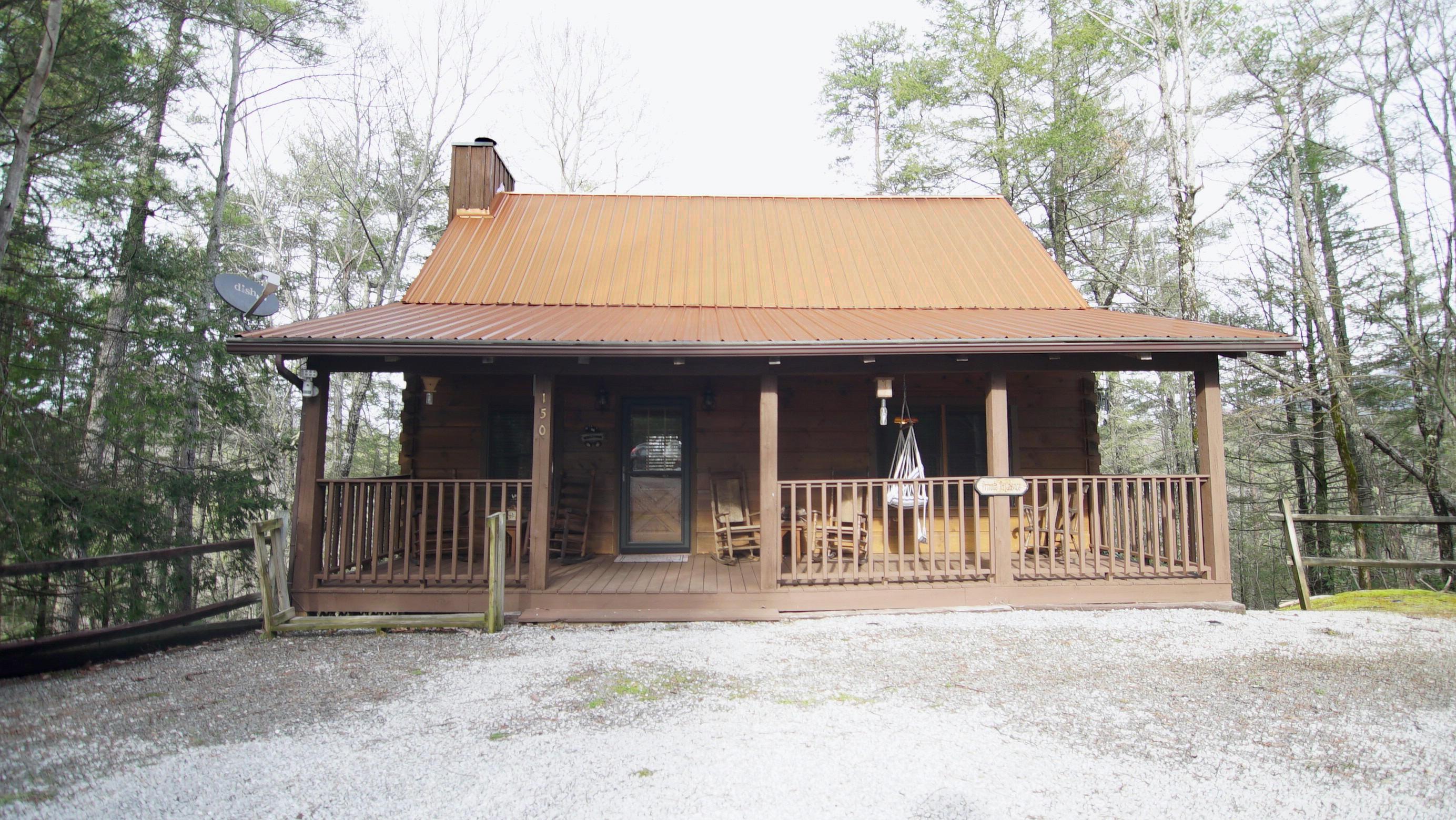150 Little Round Top Lane, Townsend, TN 37882