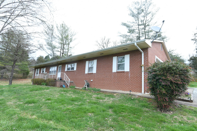 2452 Long Branch Rd Rd, Seymour, TN 37865