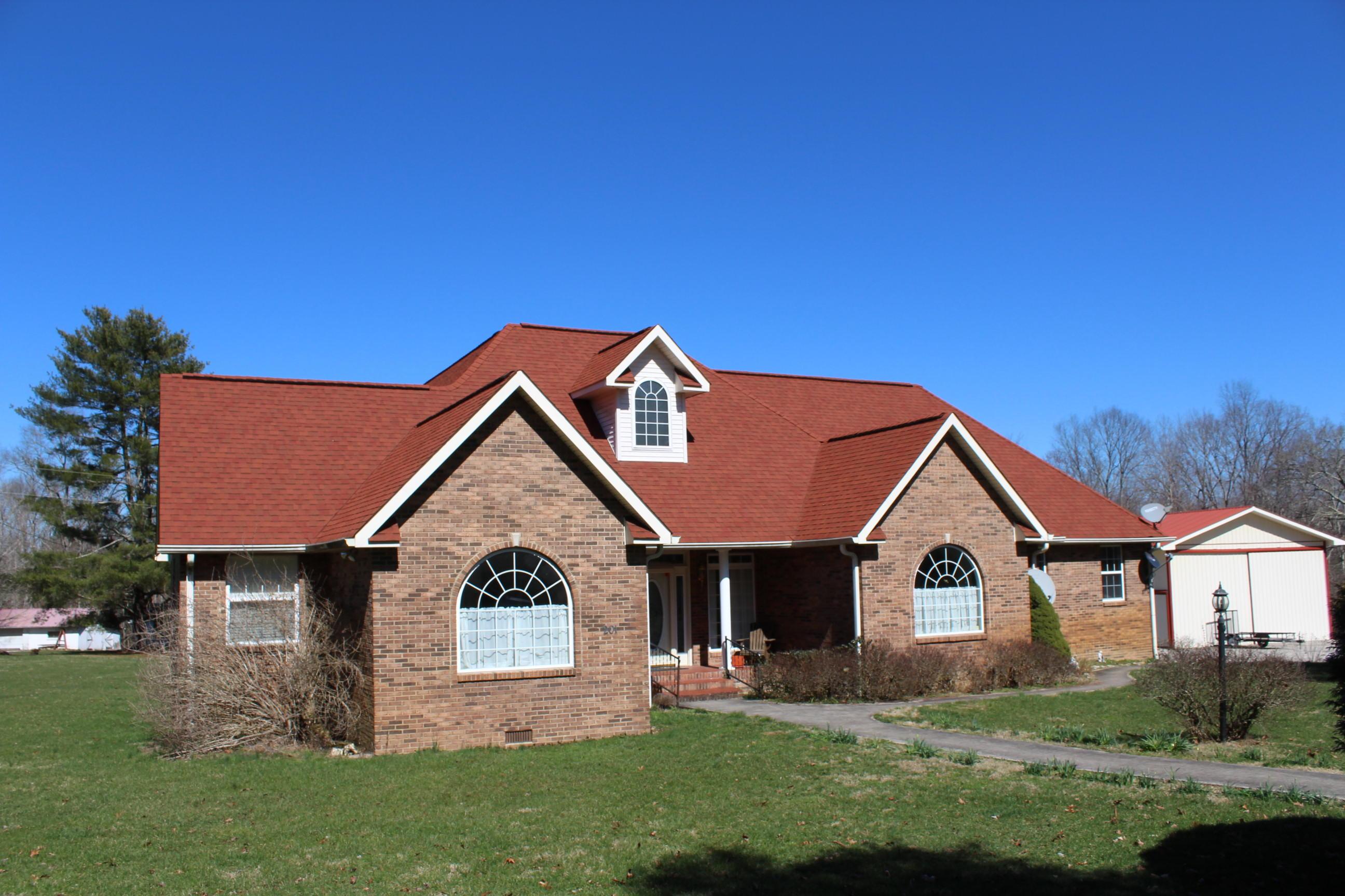 201 Red Wing Lane, Deer Lodge, TN 37726