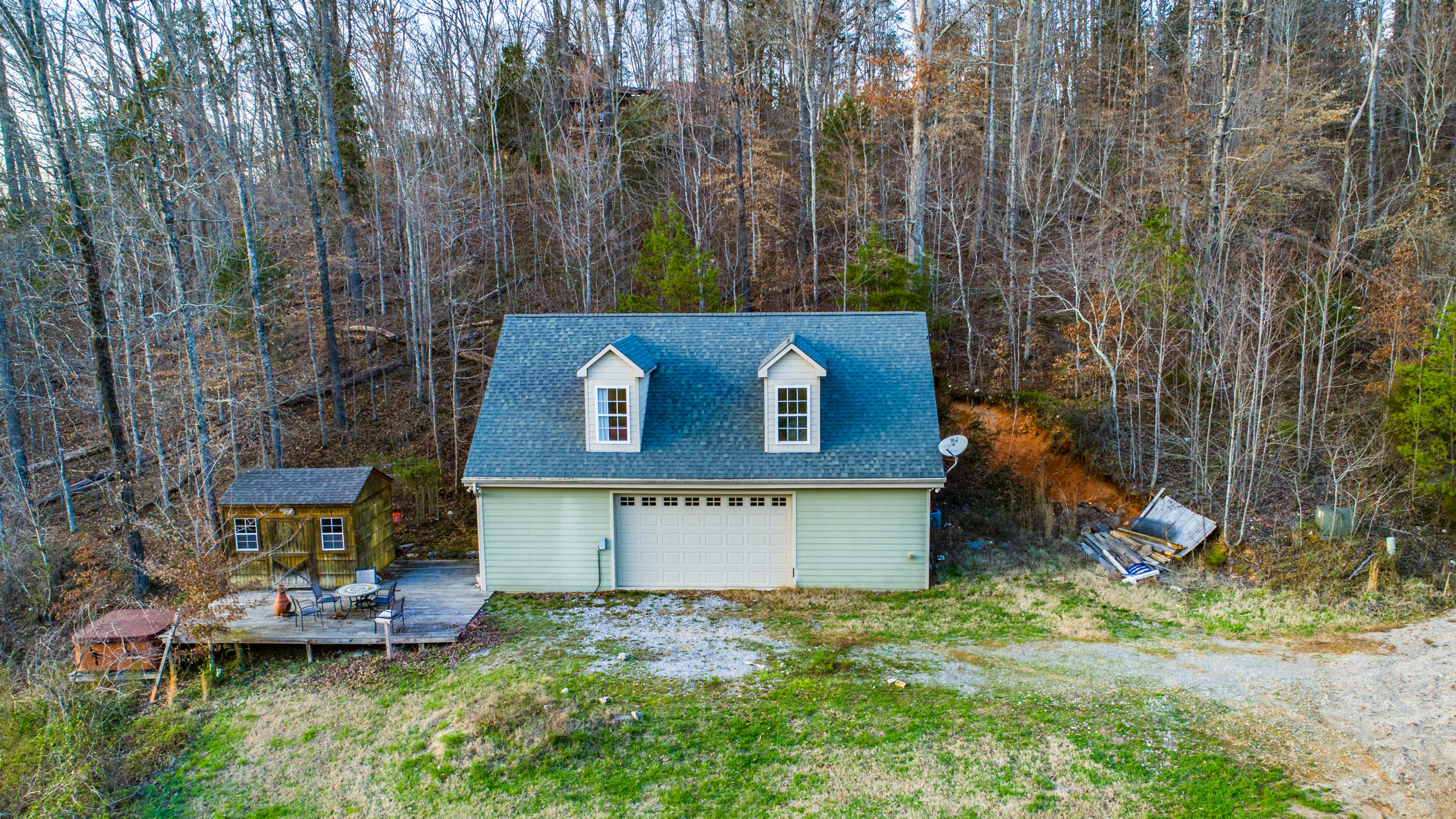 11433 N. Couch Mill Rd, Knoxville, TN 37931