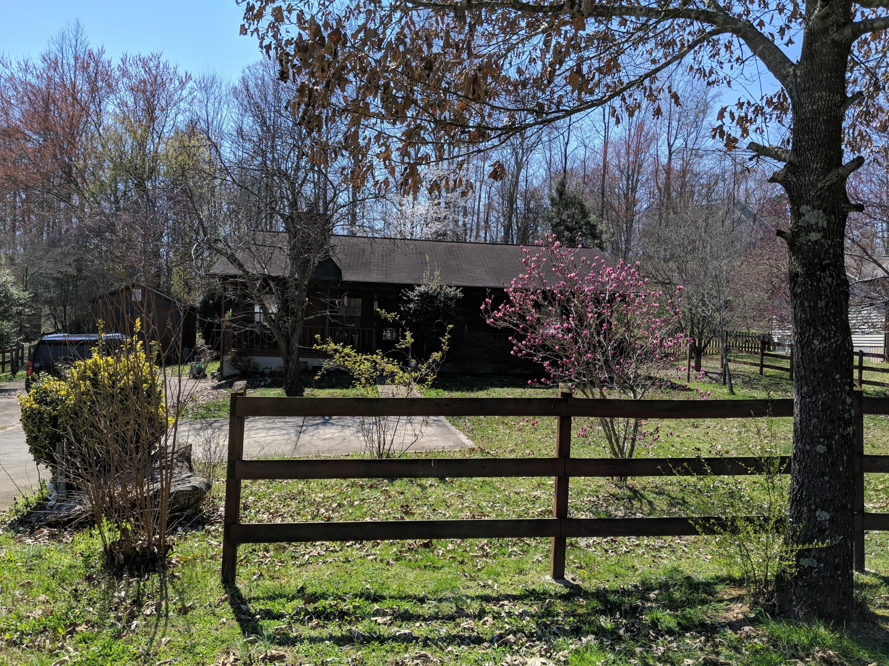416 Lawnville Rd, Kingston, TN 37763