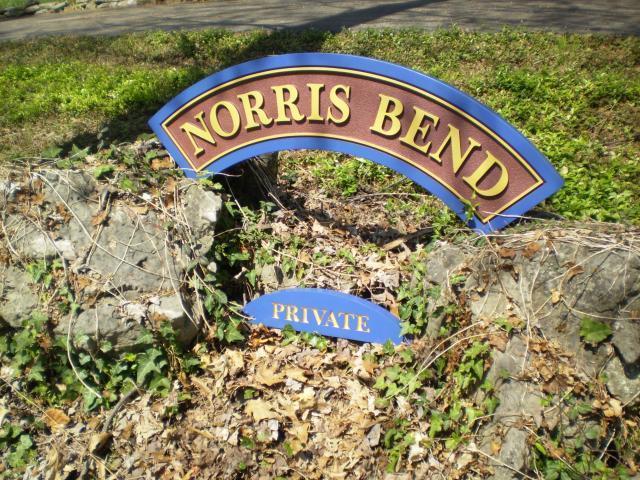 Norris Bend Lane, Jacksboro, TN 37757