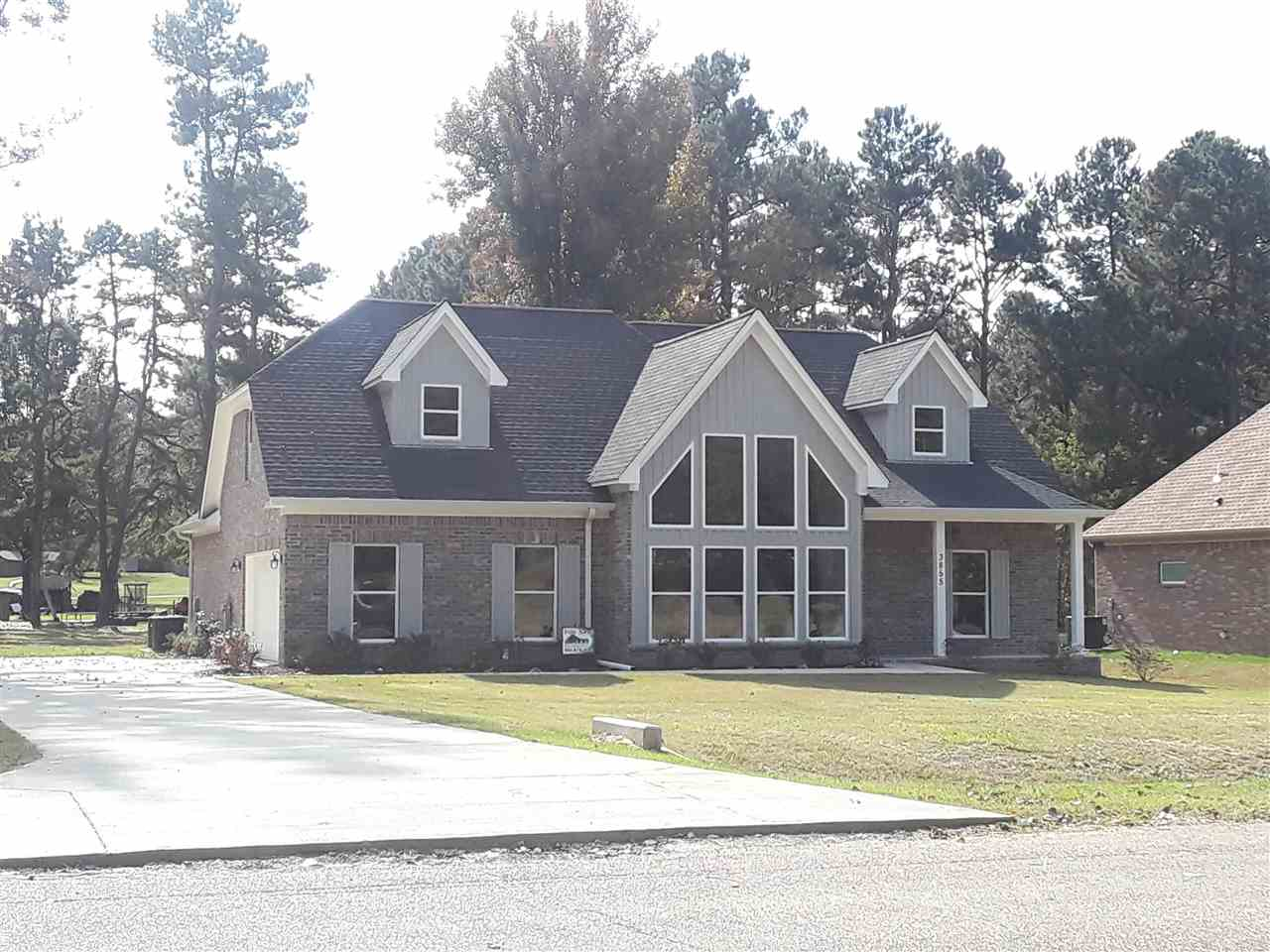 3855 Springton, Millington, TN 38053