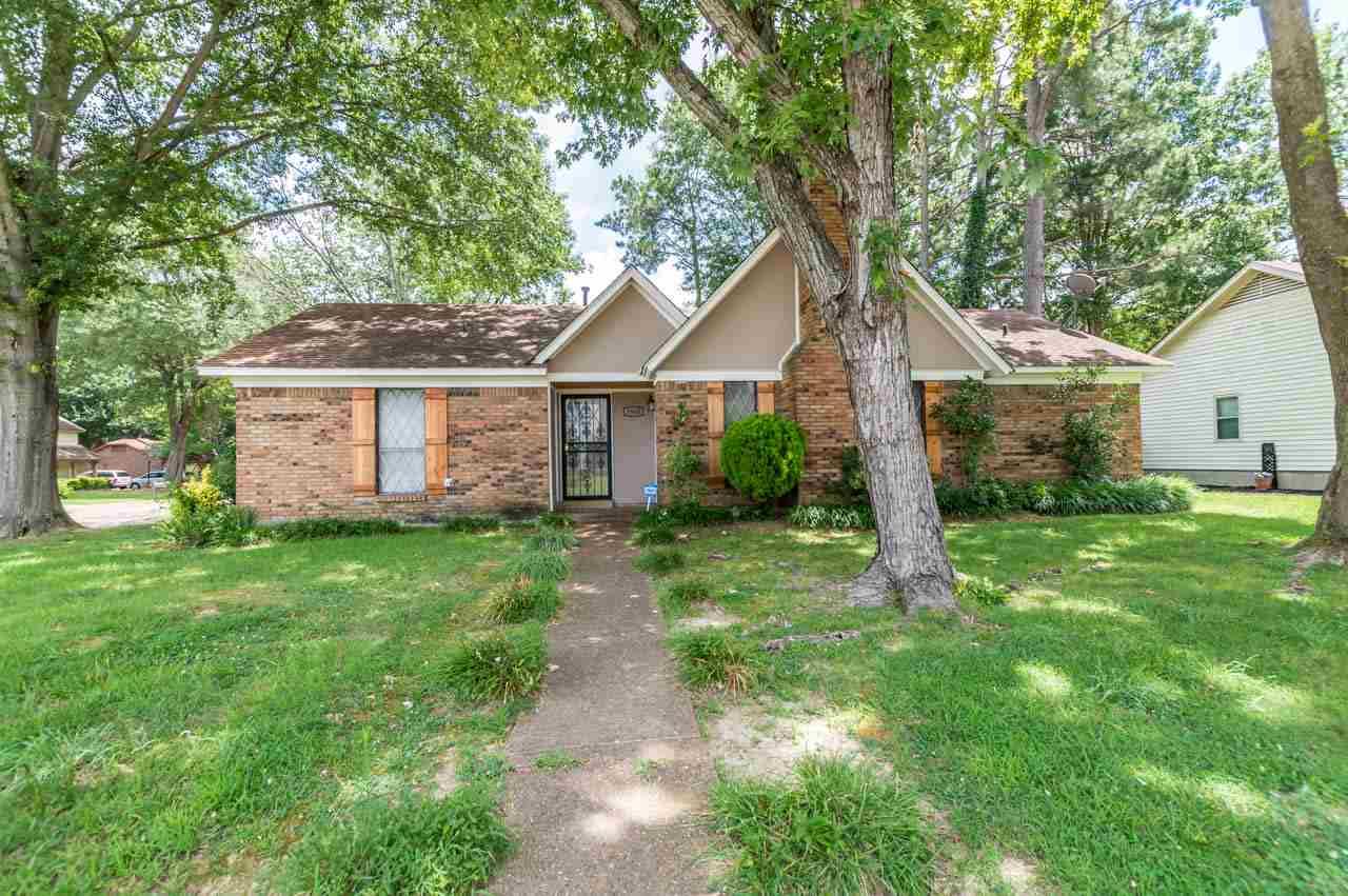 3948 Robin Hill, Bartlett, TN 38135