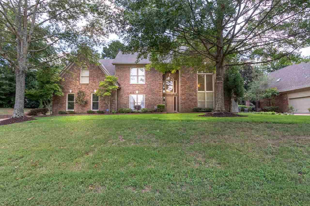 17 Summer Grove, Memphis, TN 38018