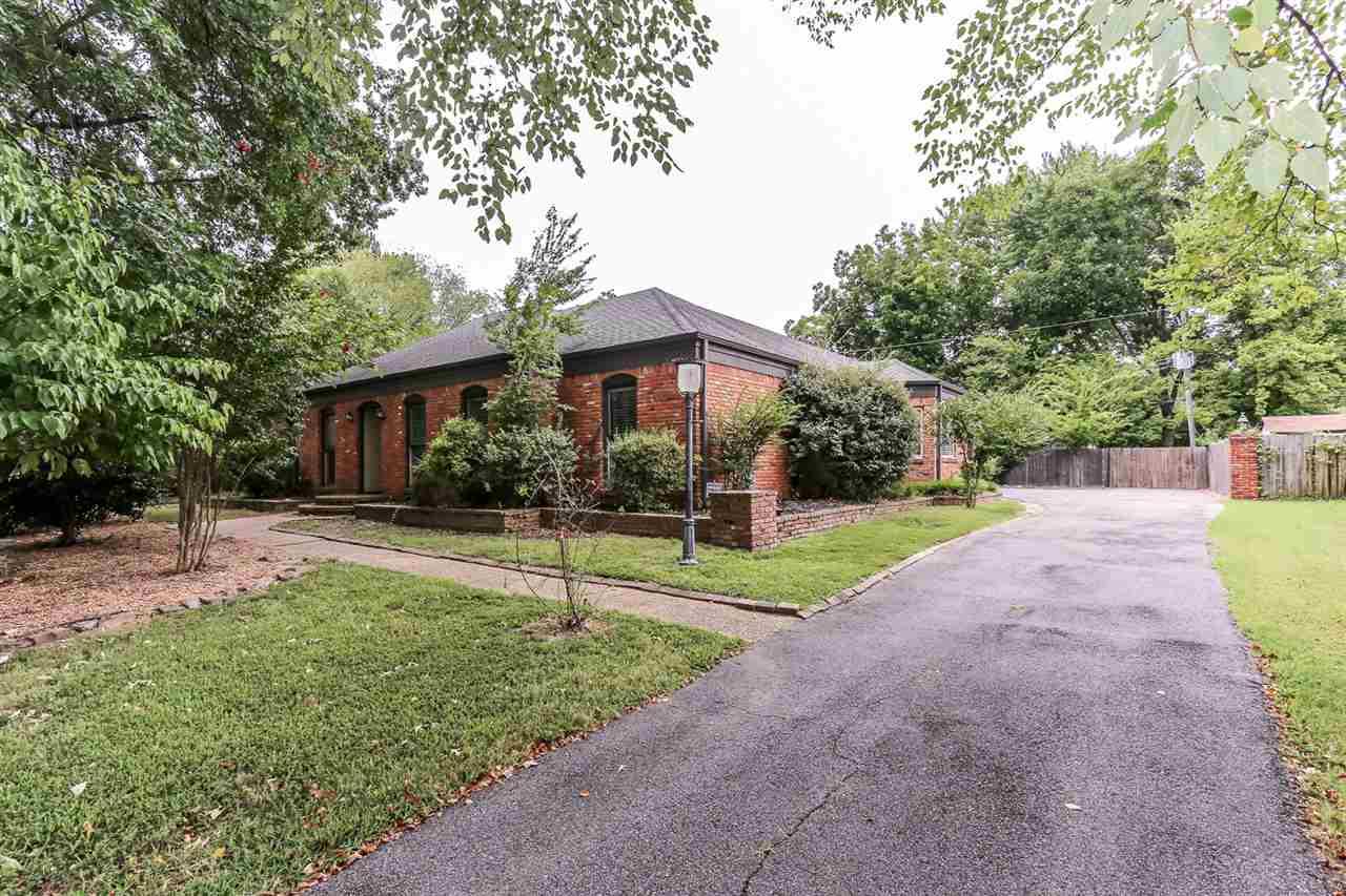 1507 Poplar Estates, Germantown, TN 38138