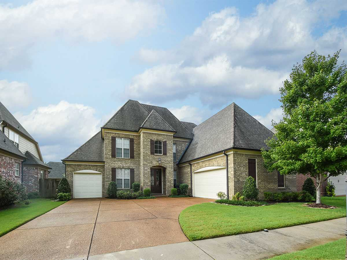 225 Red Sea, Collierville, TN 38017