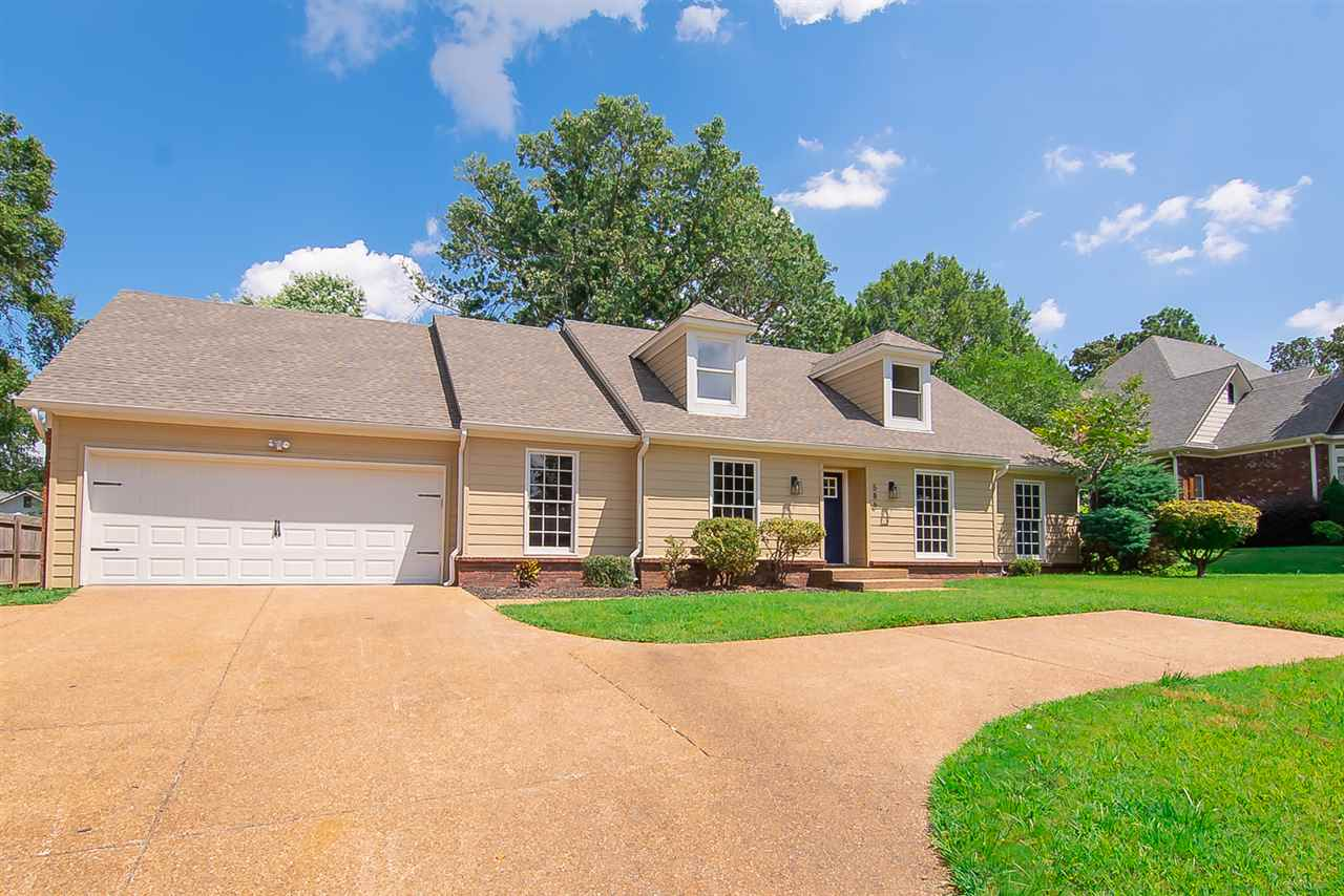 586 Six Crowns, Collierville, TN 38017
