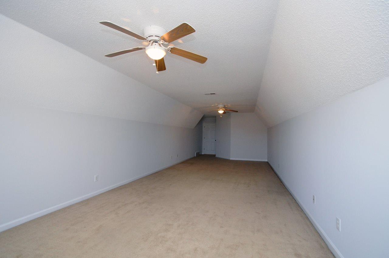 6469 Wells Grove, Bartlett, TN 38135