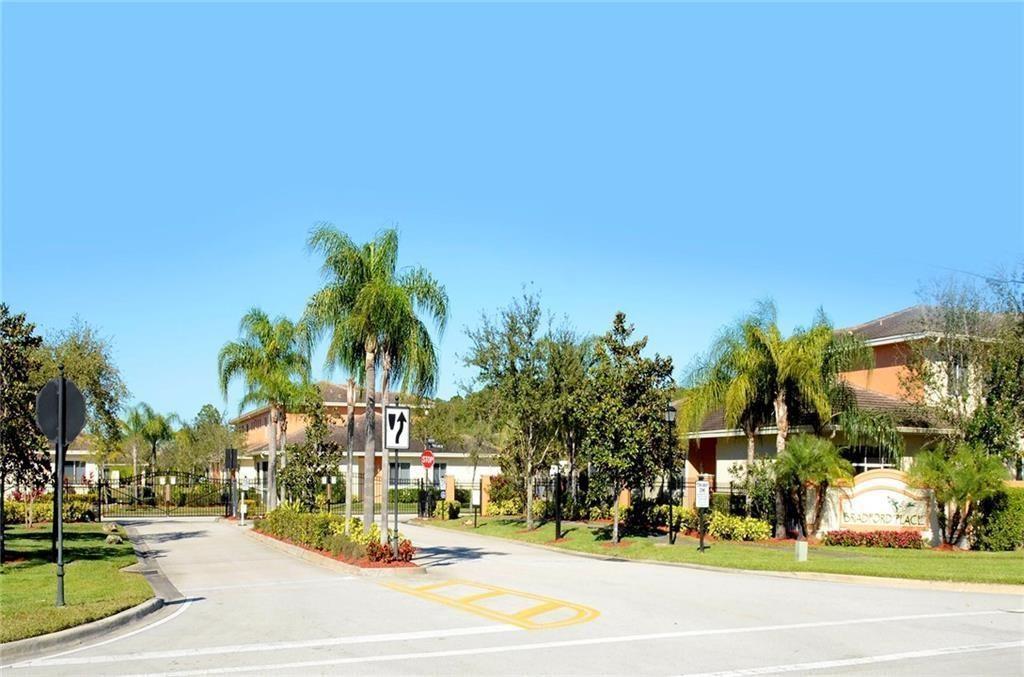 2609 Stockbridge Square Sw, Vero Beach, FL 32962