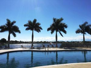 5705 Spanish River Road, Fort Pierce, FL 34951