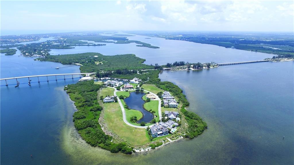 9245 Marsh Island Drive E, Vero Beach, FL 32963