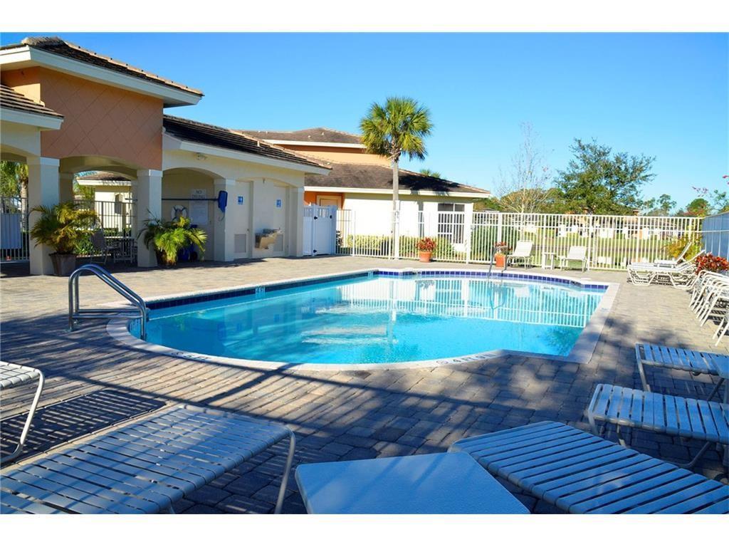 2567 Stockbridge Square Sw, Vero Beach, FL 32962