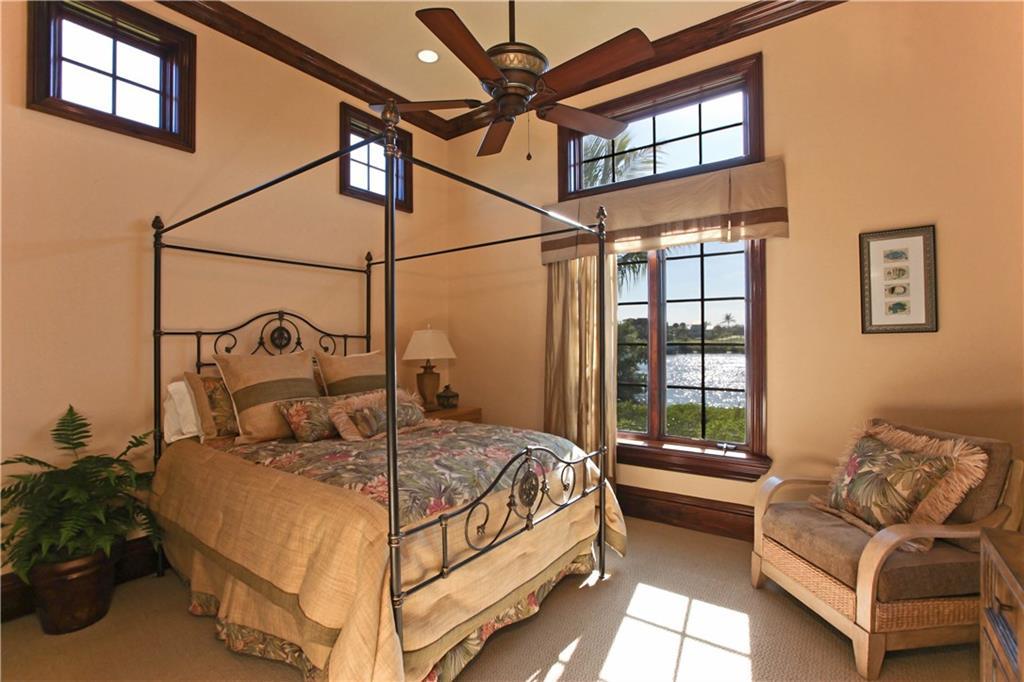 169 Se Fiore Bello Street, Port Saint Lucie, FL 34952