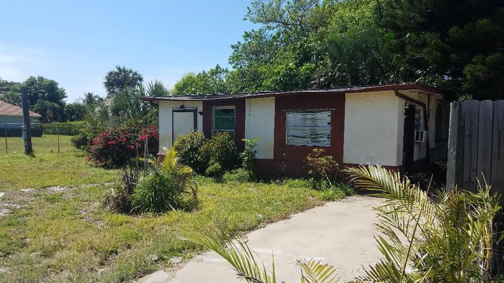 5636 Se Inez Avenue, Stuart, FL 34997