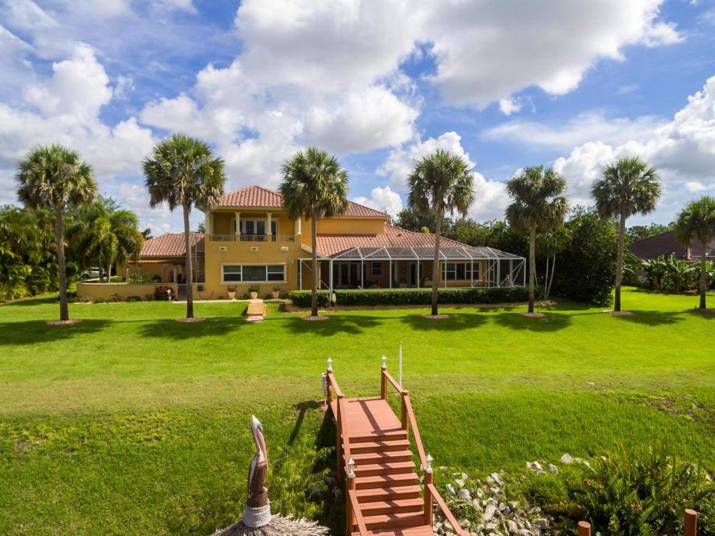 2618 Sw River Shore Drive, Port Saint Lucie, FL 34984