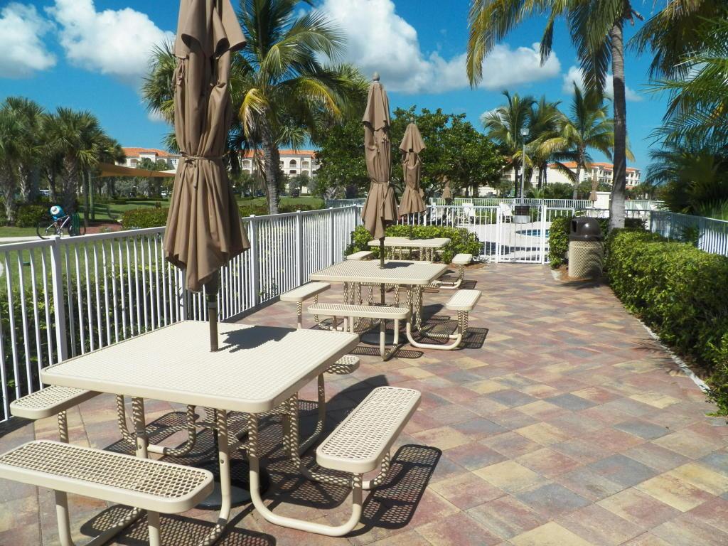 19 Harbour Isle Drive, Fort Pierce, FL 34949