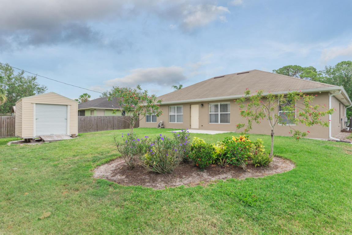 2338 Sw Madrid Road Sw, Port Saint Lucie, FL 34953