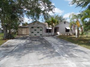 1570 Se South Balcourt Court, Port Saint Lucie, FL 34952