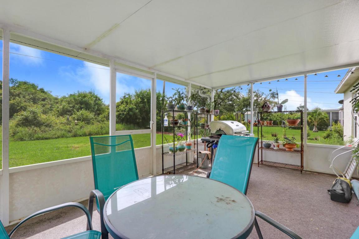 4325 Sw Appleseed Road, Port Saint Lucie, FL 34953