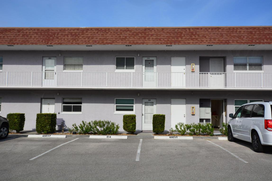 1225 Carlton Court, Fort Pierce, FL 34949