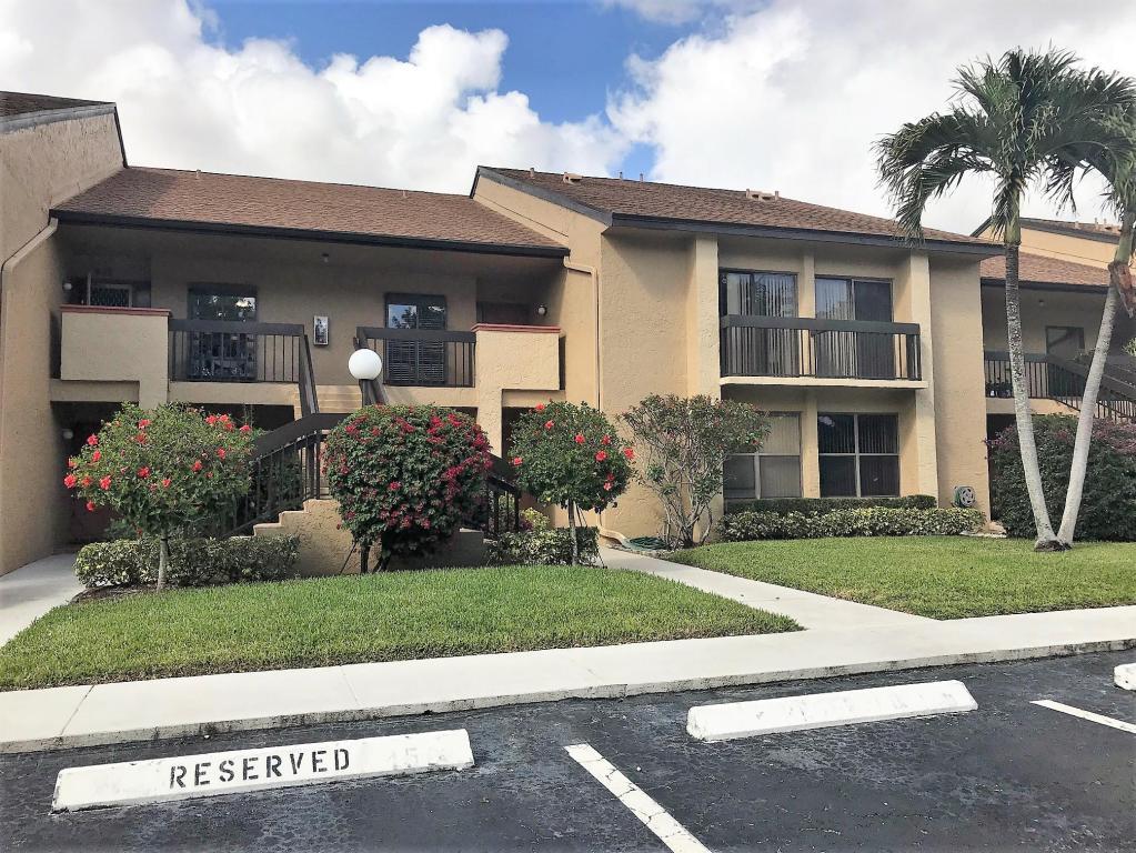 5121 Oak Hill Lane, Delray Beach, FL 33484