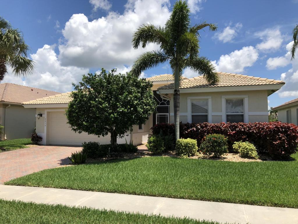 8839 Bellido Circle, Boynton Beach, FL 33472