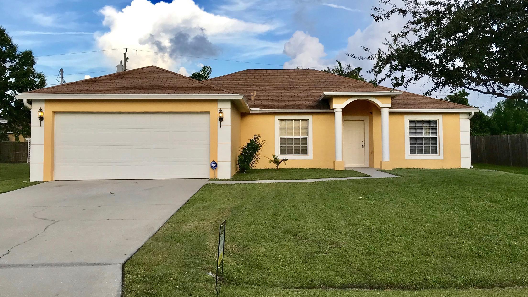 2671 Sw Feather Terrace, Port Saint Lucie, FL 34953