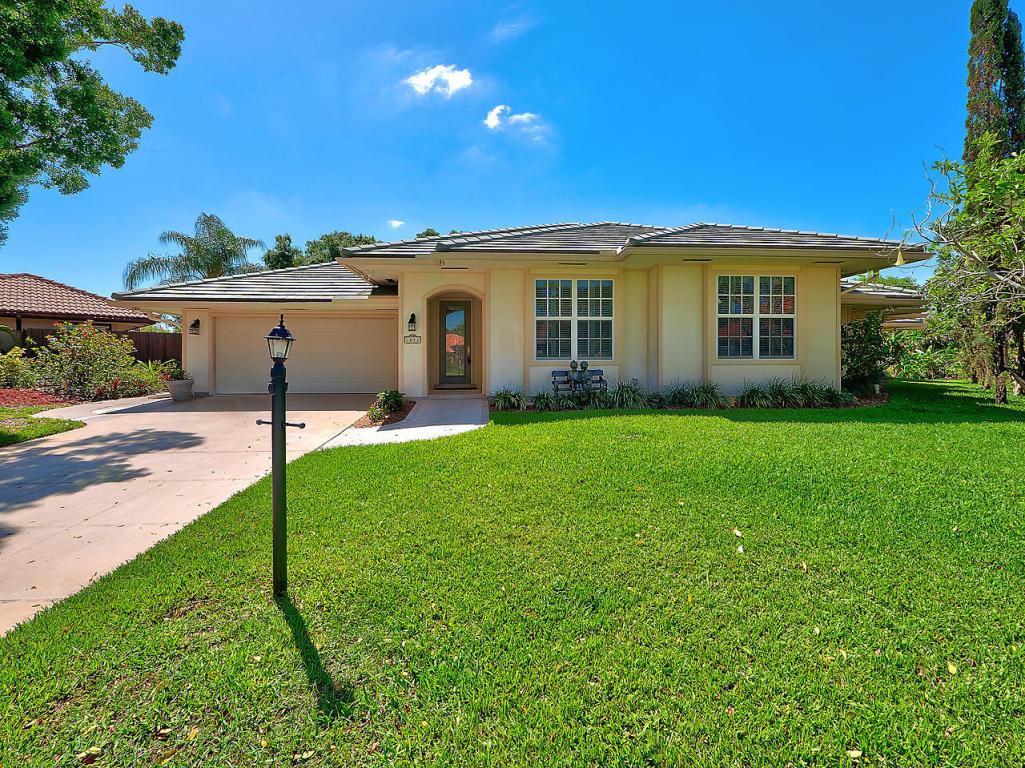 1053 Shady Lakes Circle S, Palm Beach Gardens, FL 33418