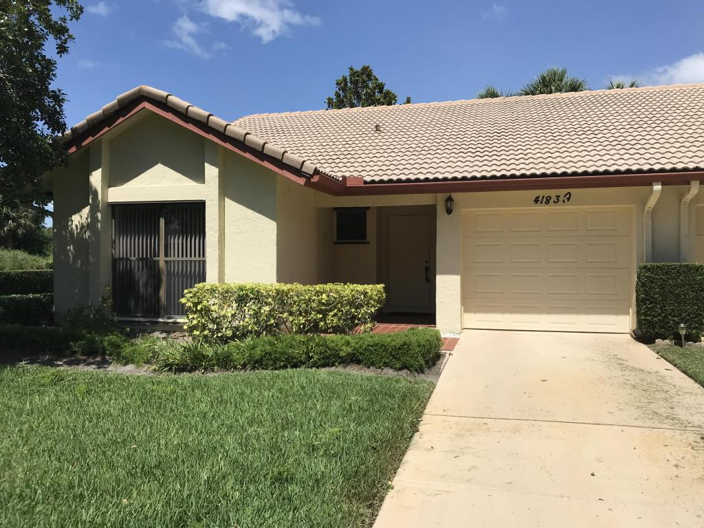 4183 Gator Trace Villas Court, Fort Pierce, FL 34982