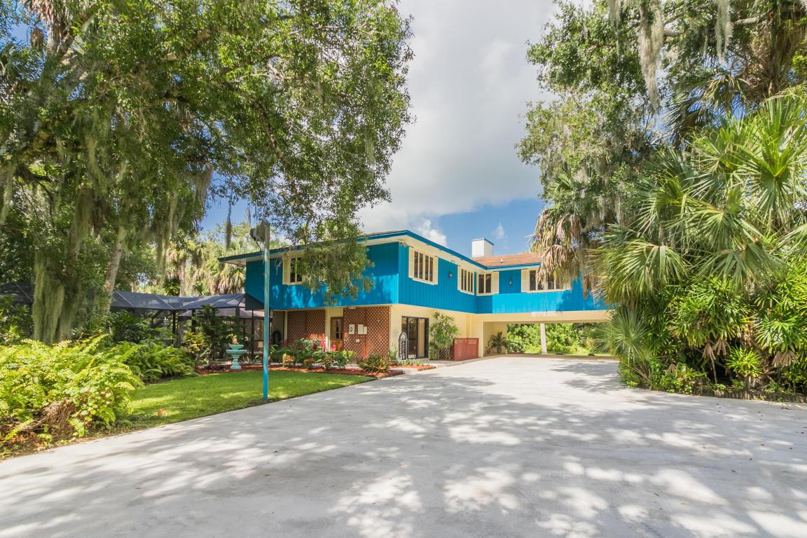 2909 Grove Drive, Fort Pierce, FL 34981