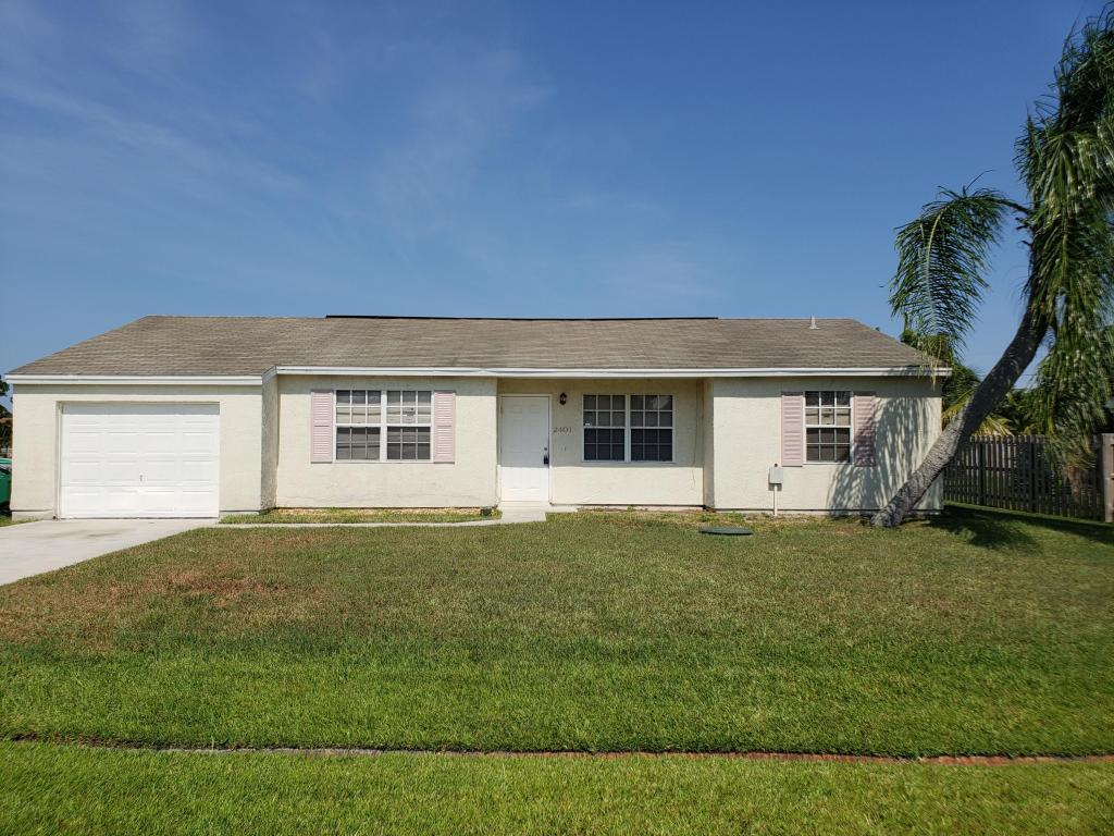 2401 Se West Blackwell Drive, Port Saint Lucie, FL 34952