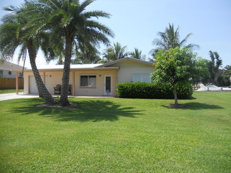 1719 Sw Dyer Point Road, Palm City, FL 34990
