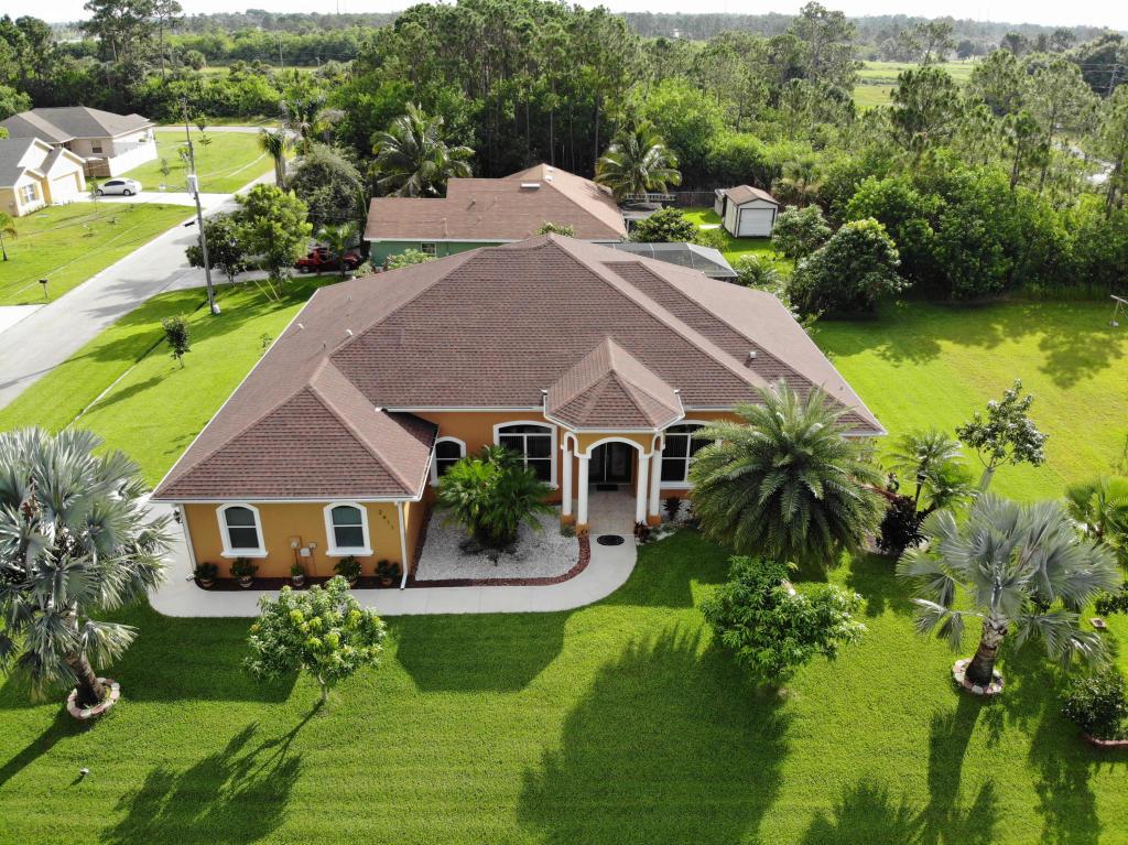 2411 Sw Fairgreen Road, Port Saint Lucie, FL 34953