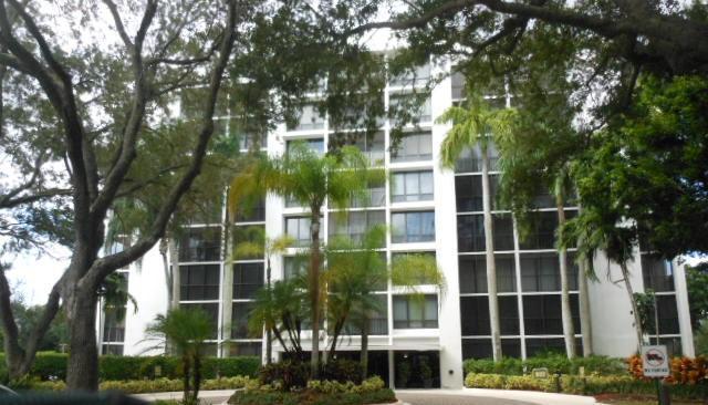 7786 Lakeside Boulevard, Boca Raton, FL 33434