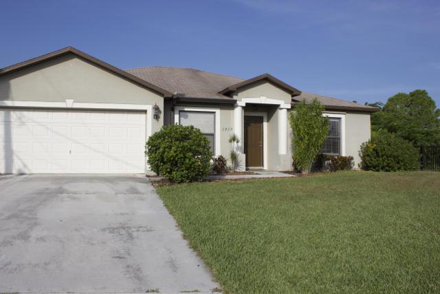 6439 Nw Faye Court, Port Saint Lucie, FL 34953