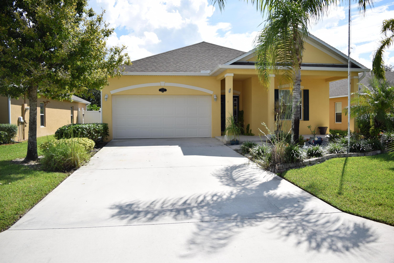 8167 Westfield Circle, Vero Beach, FL 32966