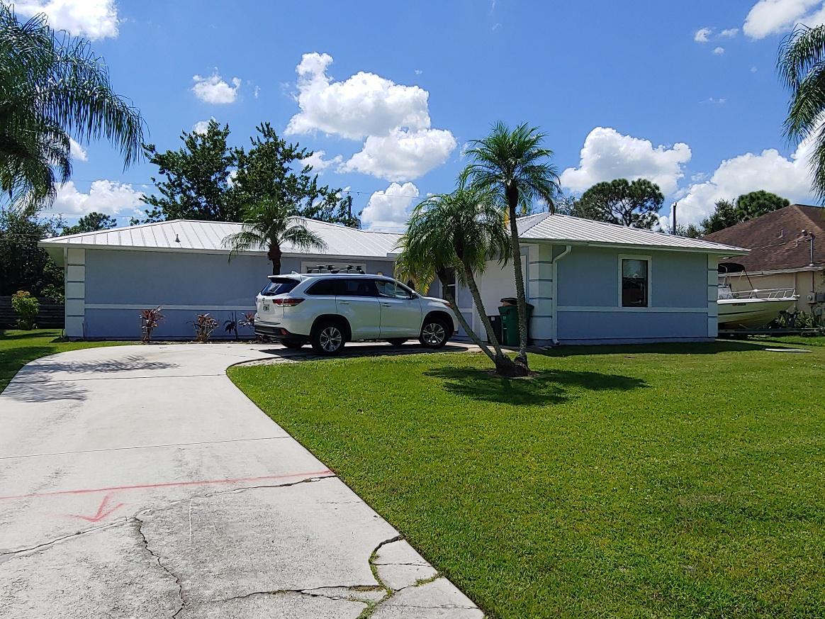 1362 Sw Crest Avenue, Port Saint Lucie, FL 34953