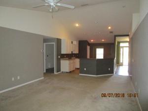 276 Ne Granduer Avenue, Port Saint Lucie, FL 34983