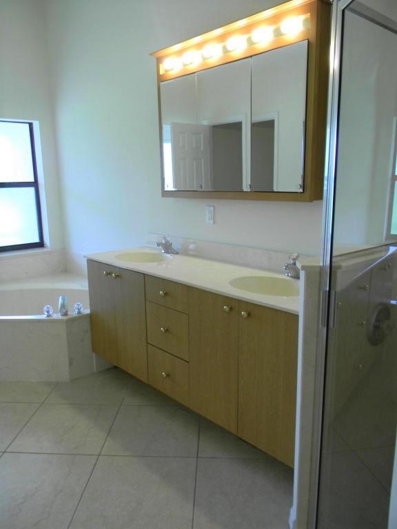 5860 Nw Dunmore Avenue, Port Saint Lucie, FL 34986