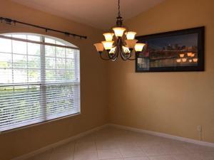 313 Sw Donna Terrace, Port Saint Lucie, FL 34984
