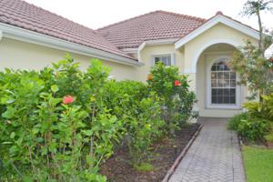 538 Sw New Castle Cove, Port Saint Lucie, FL 34953