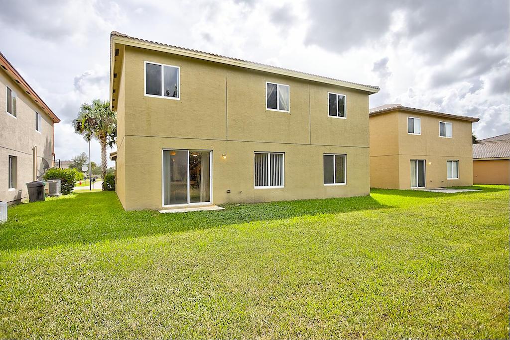 2065 Sw Marblehead Way, Port Saint Lucie, FL 34953